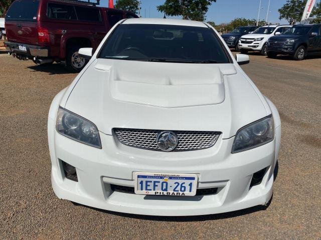 2010 HOLDEN COMMODORE SS-V VE MY10 White