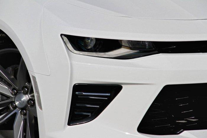 2018 Chevrolet Camaro 2SS MY18 White
