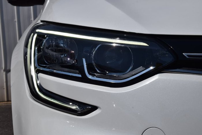 2017 Renault Megane Zen KFB White