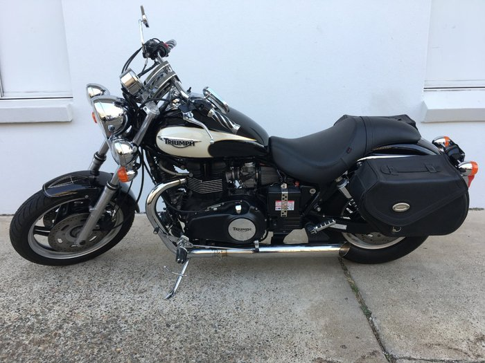 2009 Triumph SPEEDMASTER BLACK