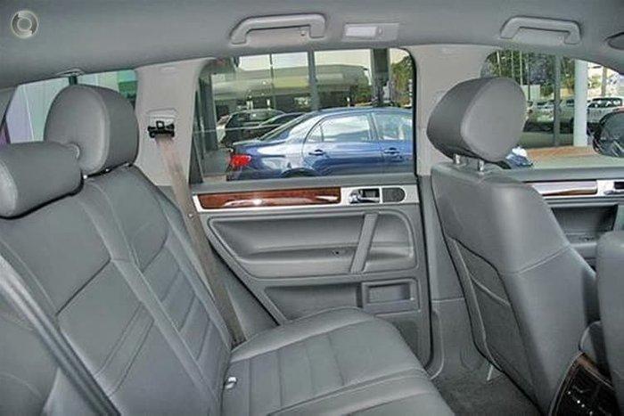 2008 Volkswagen Touareg V6 TDI 7L MY08 4X4 Dual Range Black