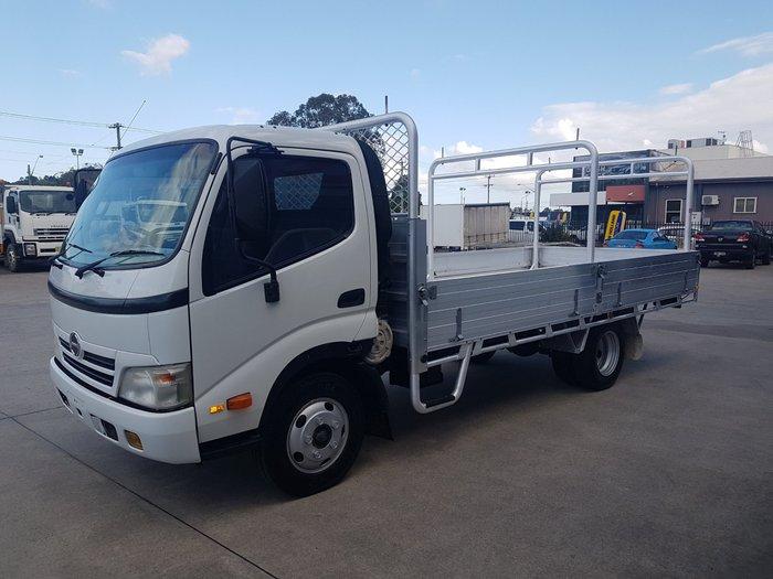 2008 Hino 616 - 300 Series