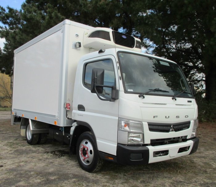 2015 Fuso Canter 515 Wide White