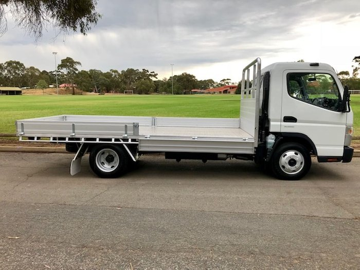 2018 FUSO CANTER 515 AMT TRAY **DEMOS DEALS NOW ON MAKE AN OFFER** null null White