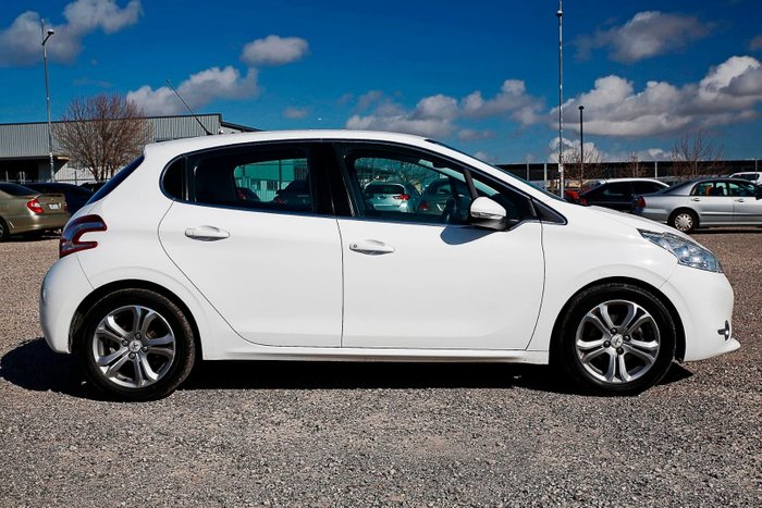 2012 Peugeot 208 Allure A9 MY12 White