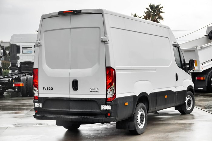2018 Iveco Daily 35S17 null White