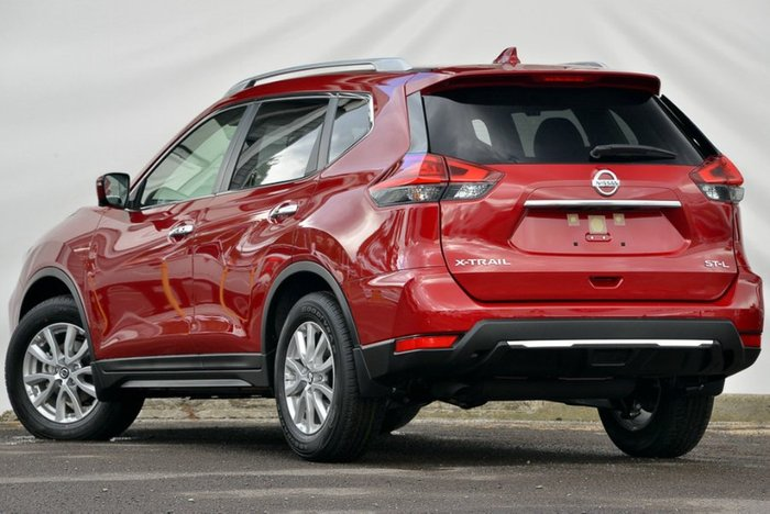 2018 Nissan X-TRAIL ST-L T32 Series II RUBY RED