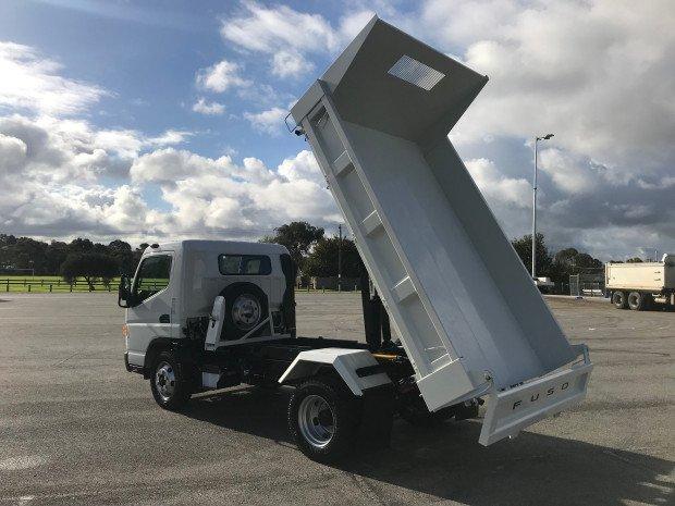 2019 Fuso Canter 815 FEC81CR4SFAC White