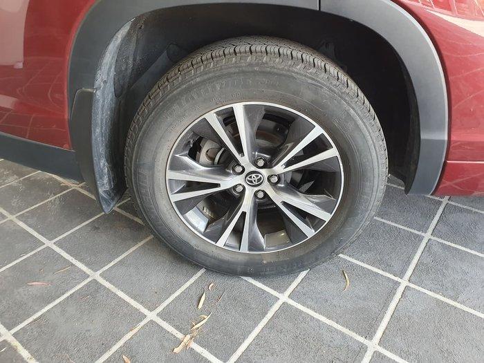 2017 Toyota Kluger GX GSU50R Red