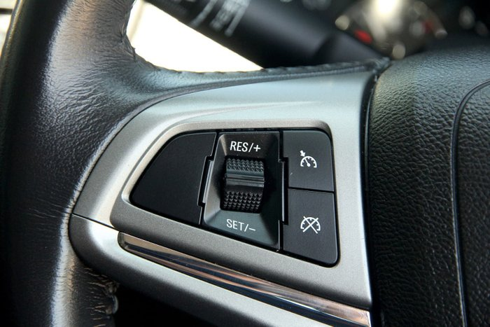2013 Holden Commodore International VF MY14 White