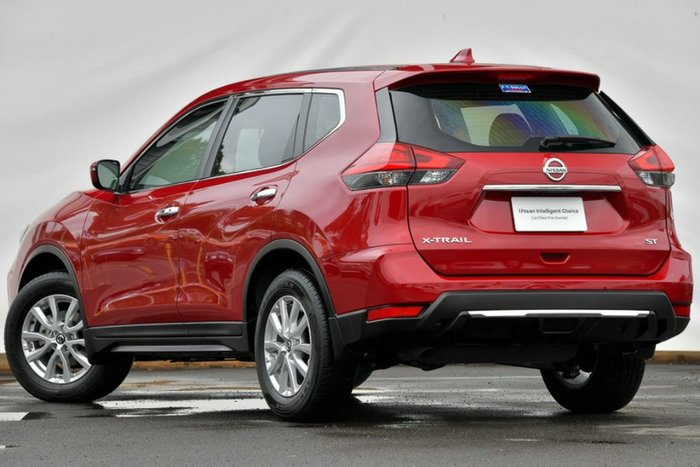 2018 Nissan X-TRAIL ST T32 Series II RUBY RED