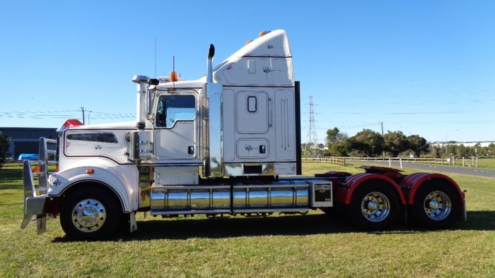 2013 Kenworth T909 WHITE