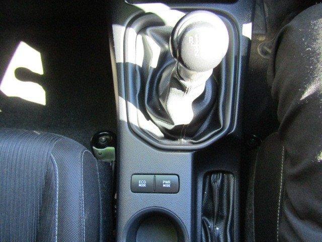 2015 Toyota HILUX SR White