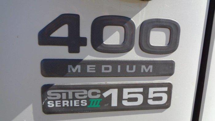 2011 Isuzu NPR400 White