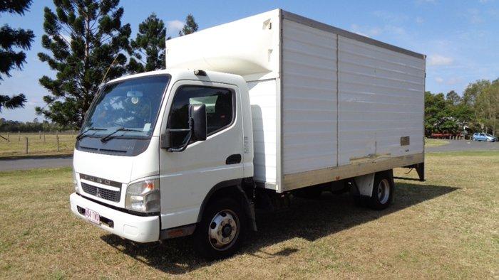 2010 Mitsubishi Canter White