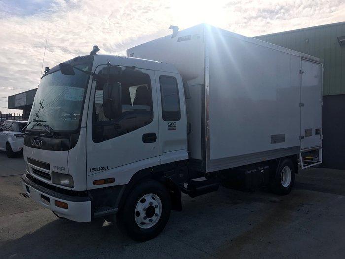 2005 Isuzu FRR525