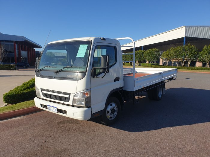2010 Fuso Canter 515 Wide WHITE