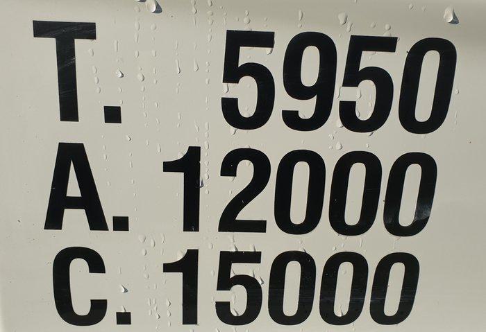 2013 Fuso Fighter 1224 WHITE