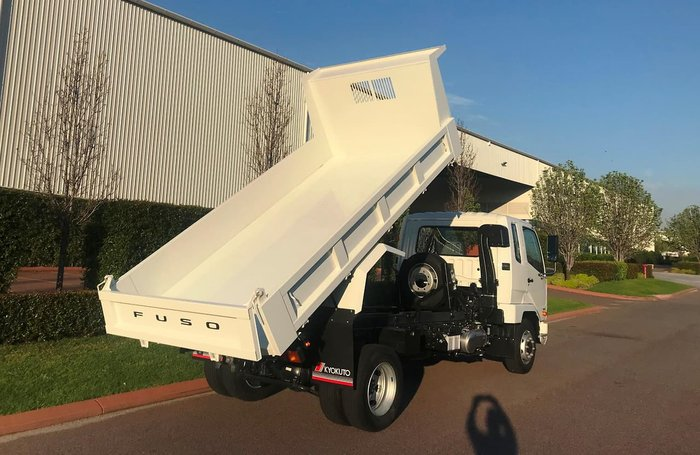 2019 FUSO 1124 FACTORY TIPPER 1124 FIGHTER FACTORY TIPPER null null White