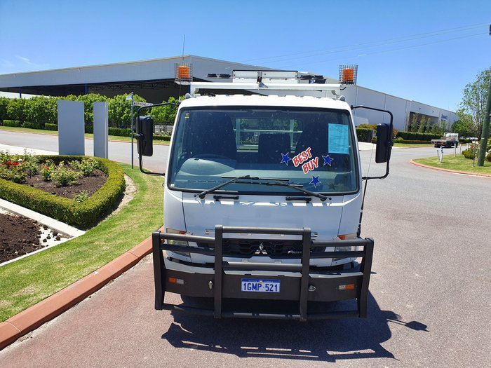 2013 Fuso Fighter 1024 WHITE