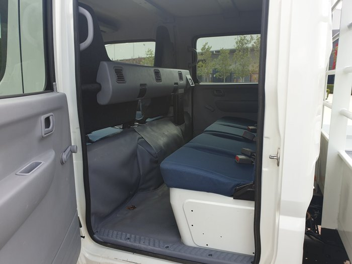 2013 Fuso Canter 815 Wide DUAL CAB WHITE