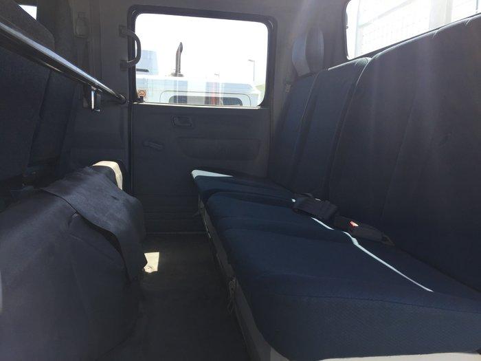 2012 Fuso FG 2012 FUSO CANTER 4X4 DUAL CAB WHITE