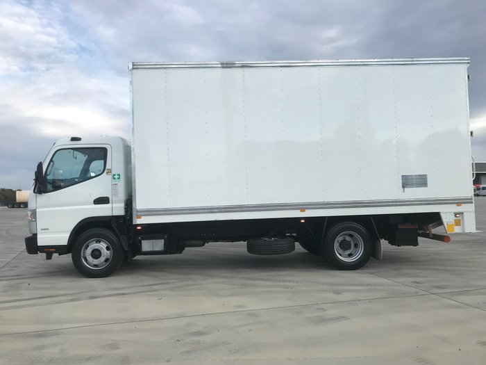 2015 Fuso Canter 918 Wide