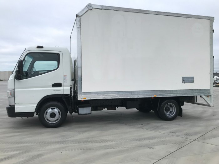 2015 Fuso Canter 515 WIDE A/T - PANTECH + RAMP