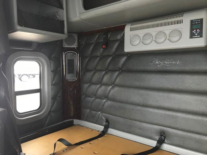 2014 Freightliner Argosy 101 Mid Roof WHITE