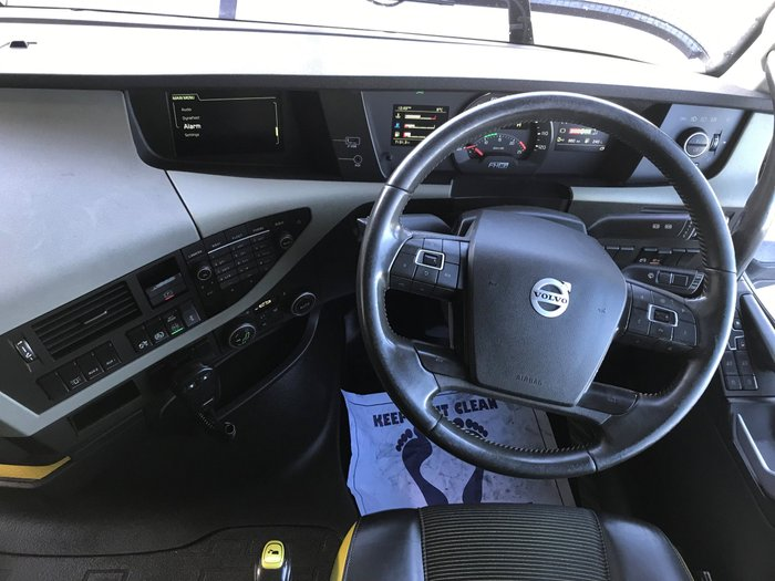 2015 Volvo FH16 globetrotter choice of 6