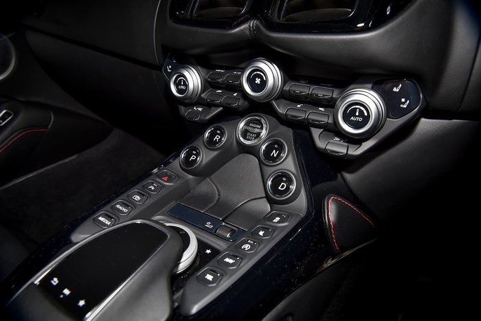 2018 Aston Martin Vantage MY19 Silver