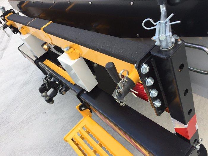 2019 Isuzu NPS 75/45-155 SERVICEPACK amp CRANE White