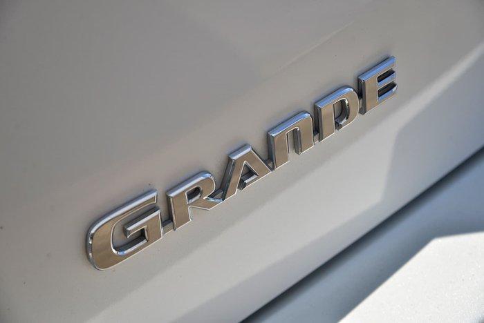 2016 Toyota Kluger Grande GSU50R White