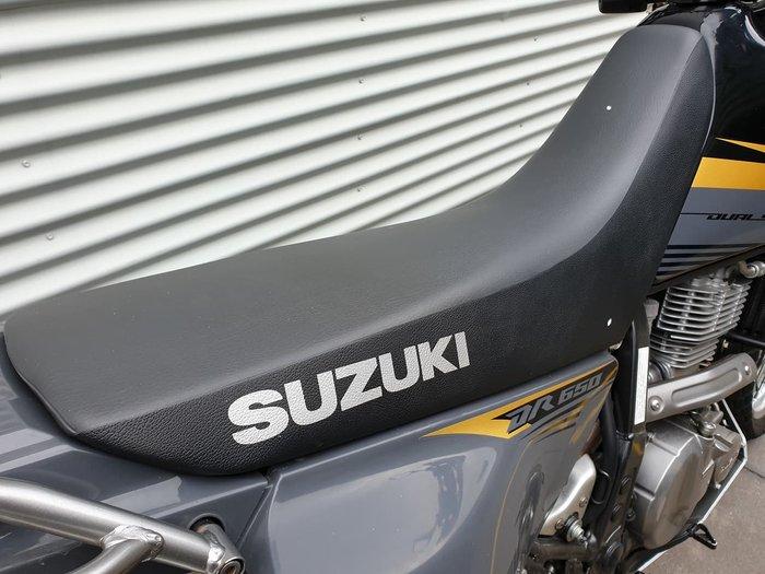 2015 SUZUKI DR650SE null null Black