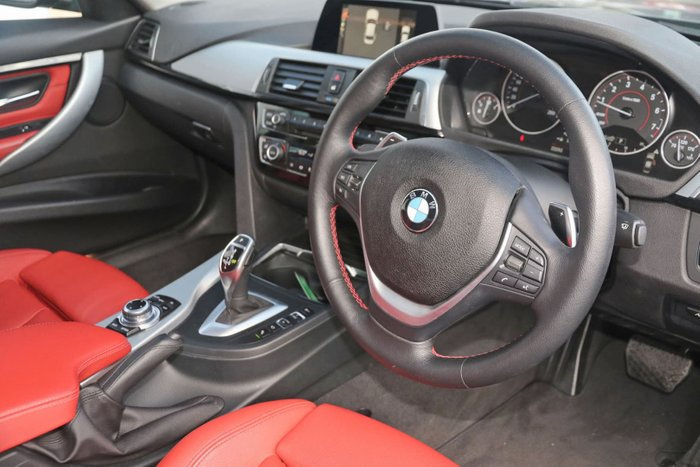 2015 BMW 3 Series 320i Sport Line F30 LCI Grey