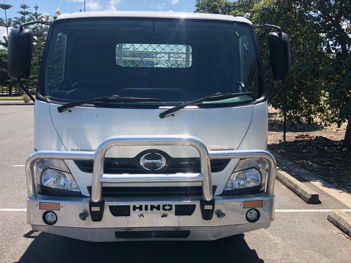 2014 Hino 300 617 Medium XZU710R White