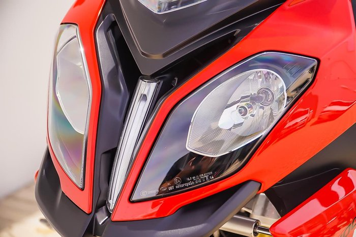 2019 BMW S 1000 XR null null Red