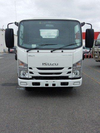 2018 Isuzu NLR 45-150 MANUAL TRAYPACK