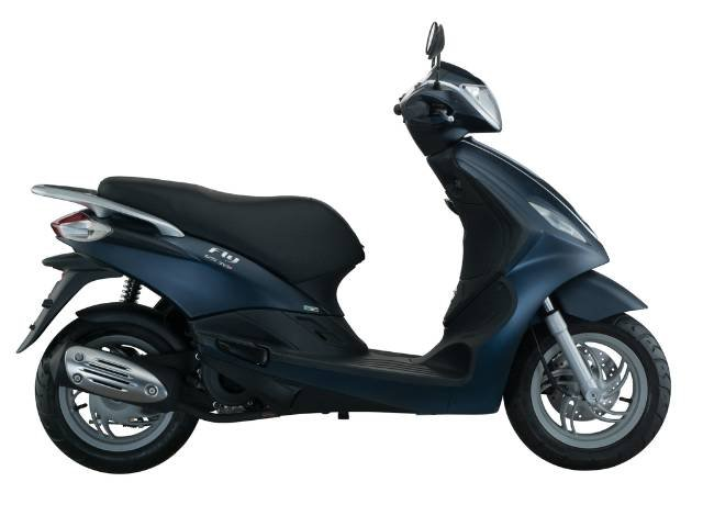 2019 PIAGGIO FLY 150 IE 3V SCOOTER BLUE