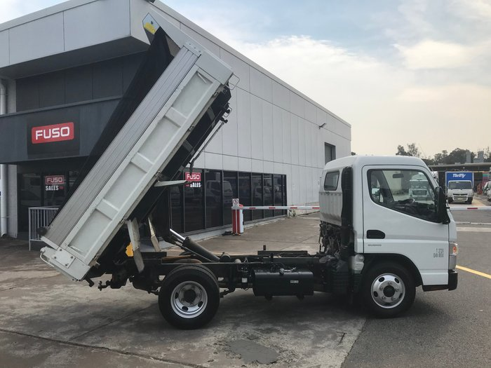 2016 Mitsubishi Canter 515 Narrow FUSO CANTER 515 WHITE