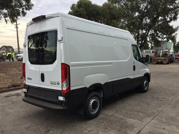 2018 IVECO DAILY 35S17 35S17A8V-10.8 null null WHITE