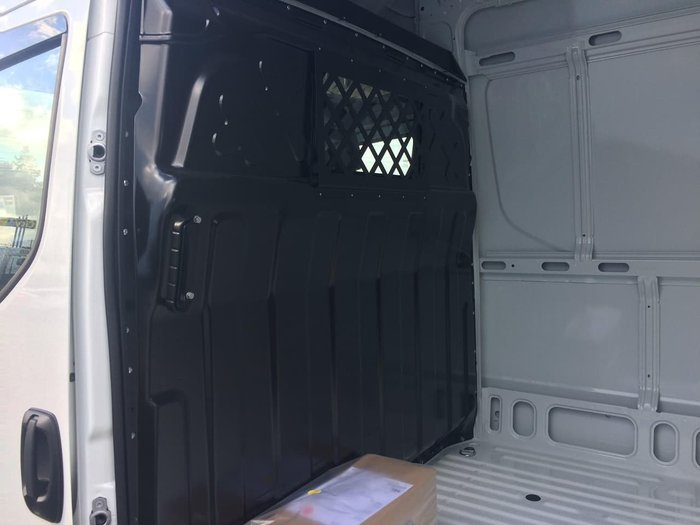 2018 IVECO DAILY 35S17 16M3 null null WHITE