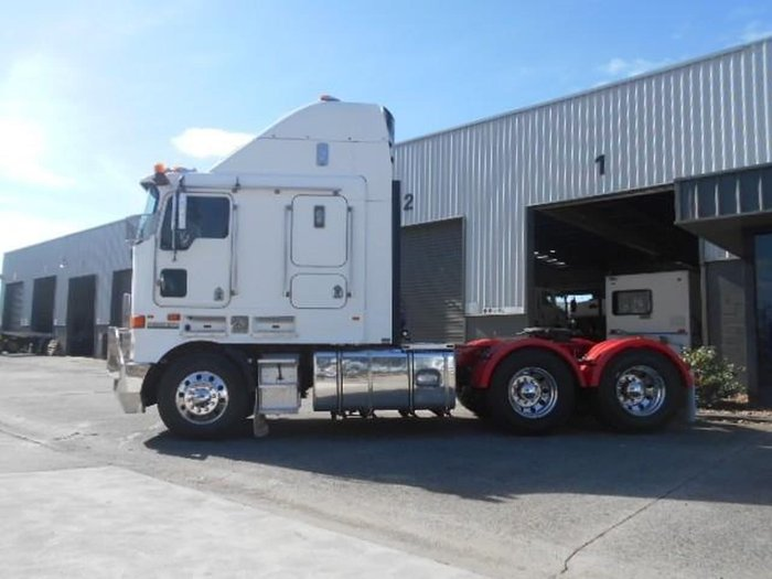 2008 KENWORTH K108 BIG CAB (REBUILD HISTORY ) null null WHITE