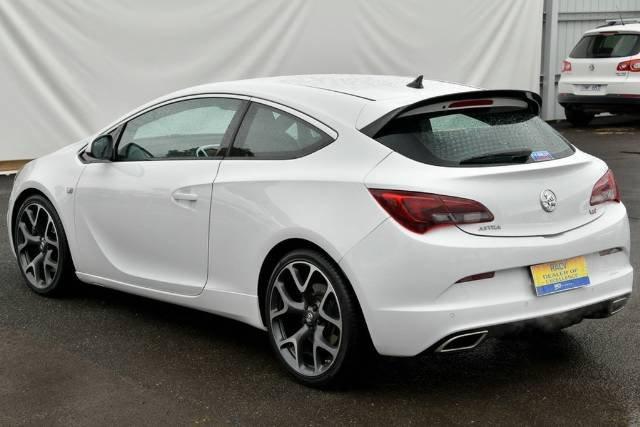 2015 Holden Astra VXR PJ MY15.5 WHITE