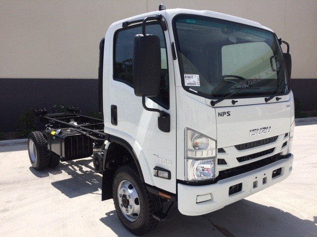 2019 Isuzu NPS 75/45-155 4x4 White