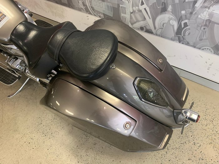2006 Honda VTX1300 (VTX1300S) SILVER