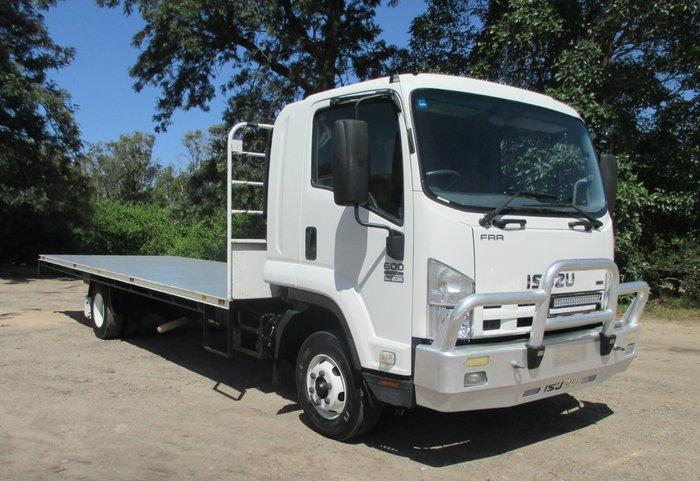2009 Isuzu FRR600 FRR White