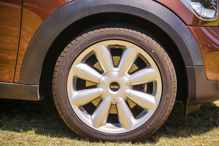 2013 MINI Countryman Cooper S R60 Brown