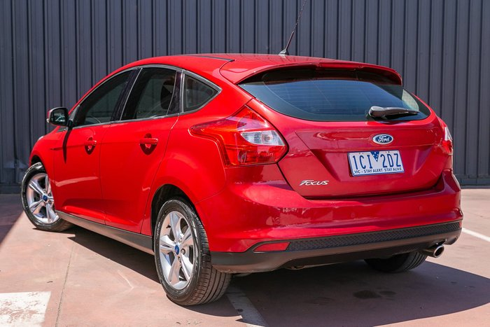 2011 Ford Focus Trend LW Red