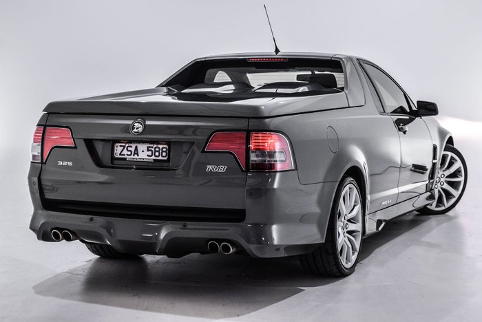 2013 Holden Special Vehicles Maloo R8 E Series 3 MY12.5 Grey
